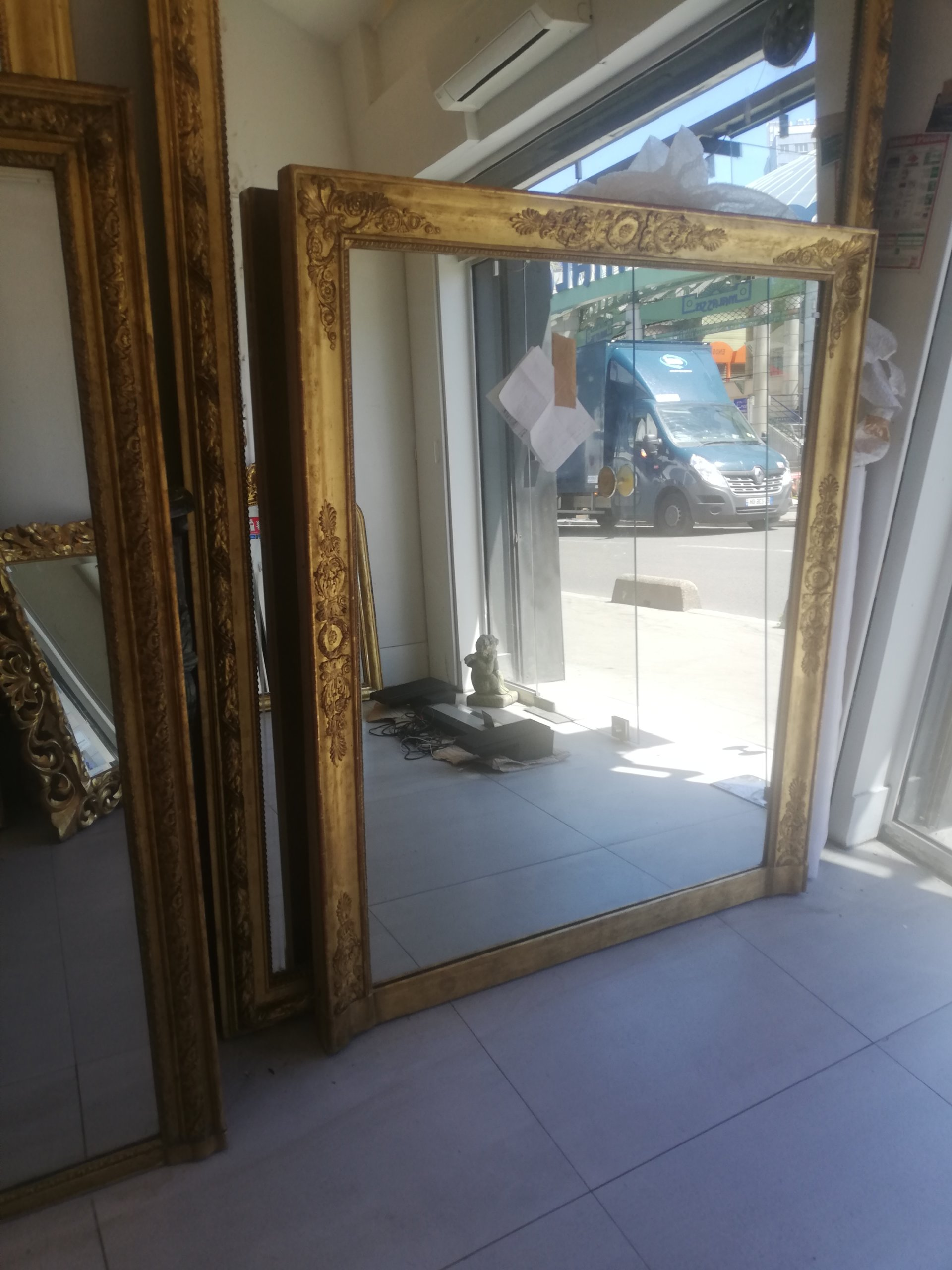 Transport d'un miroir ancien de Saint-Ouen (93) à Morlaix (29).