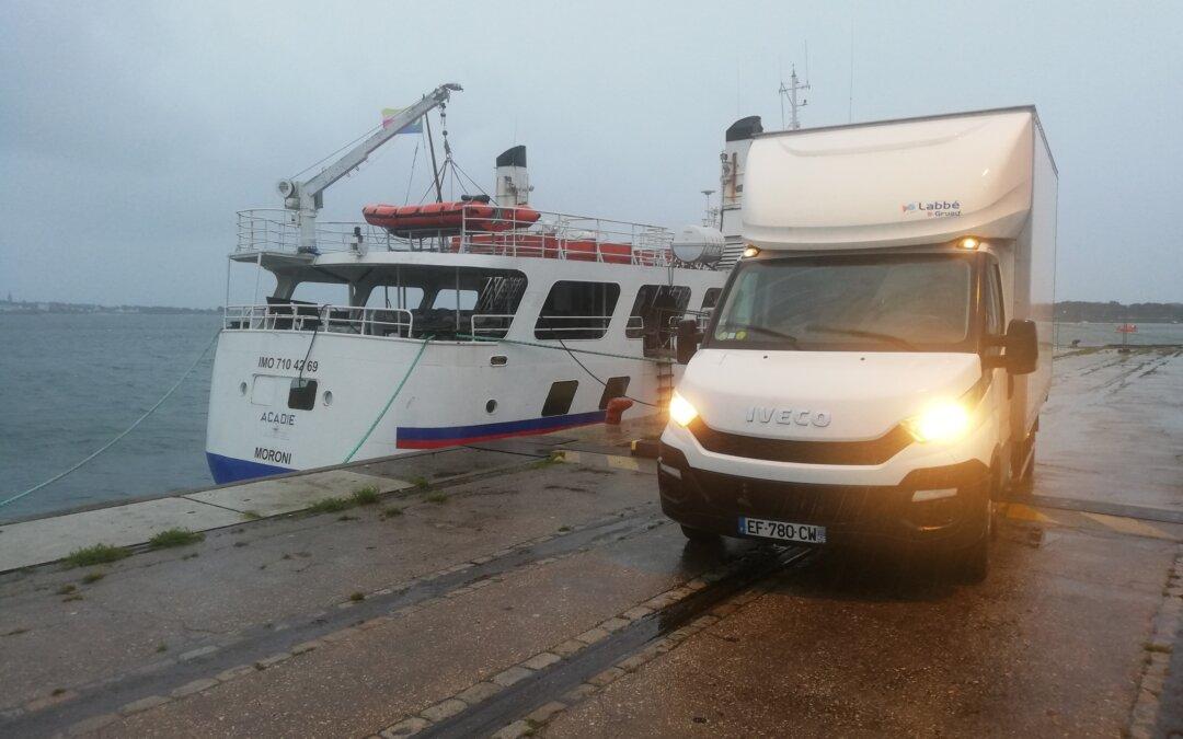 Transport de matériel de l'Essonne vers le port de Lorient